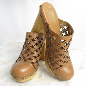 Woodies by Jeffrey Campbell Cayenne Platform Heels